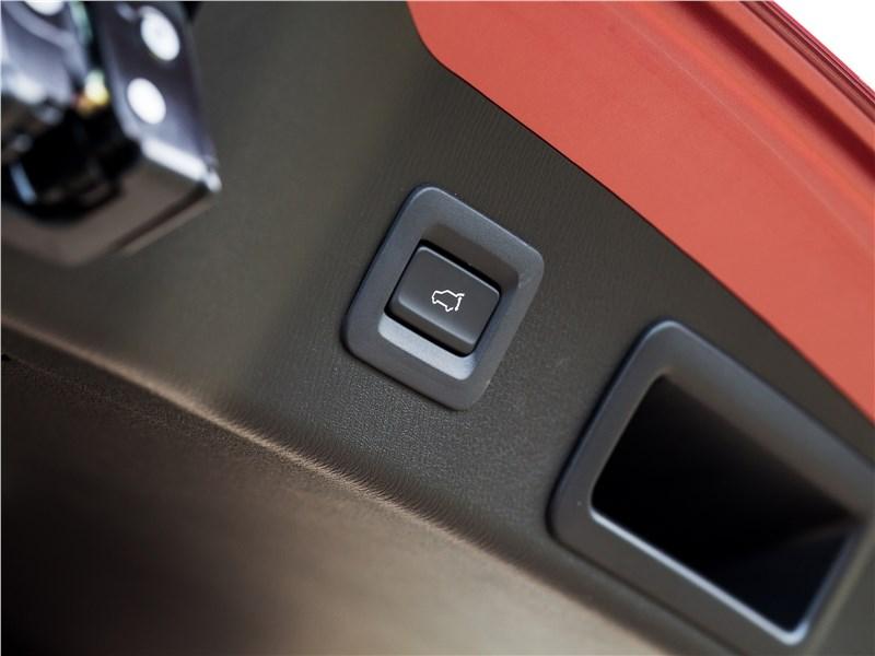 Mazda CX-5 2017 кнопка открывания багажника