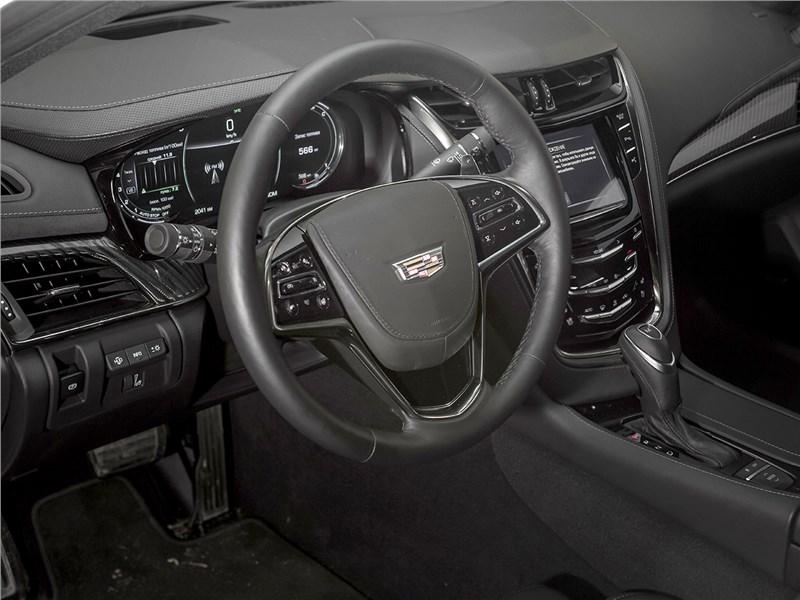Cadillac CTS 2017 салон