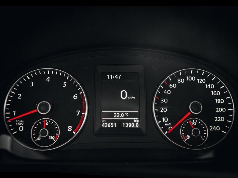 Volkswagen Caddy приборная панель