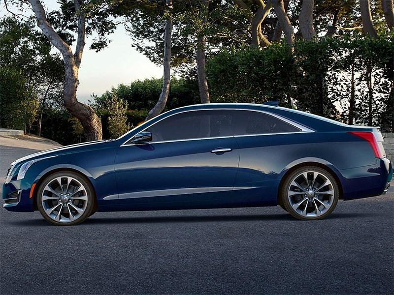 Cadillac ATS Coupe 2014 вид сбоку