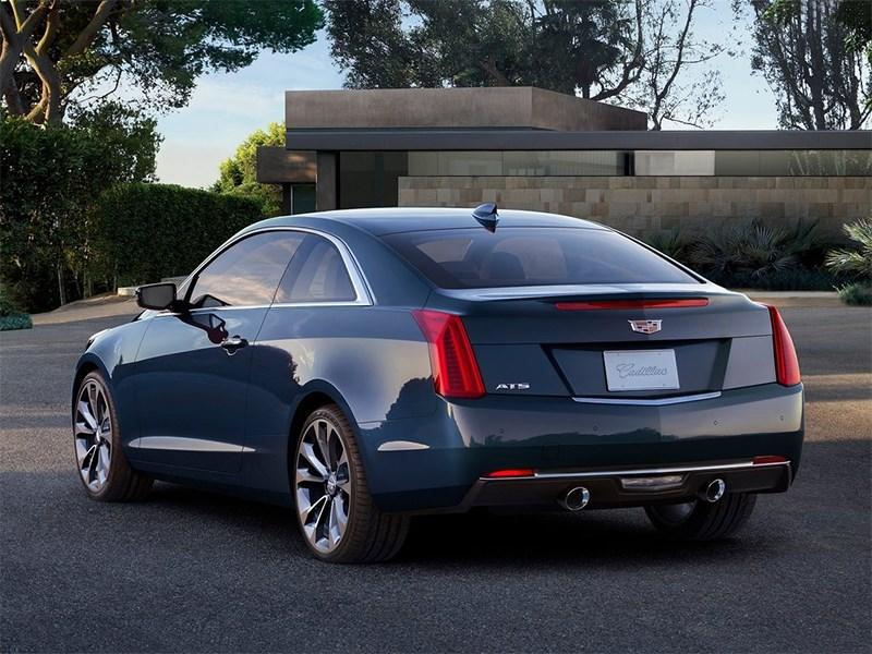Cadillac ATS Coupe 2014 вид сзади