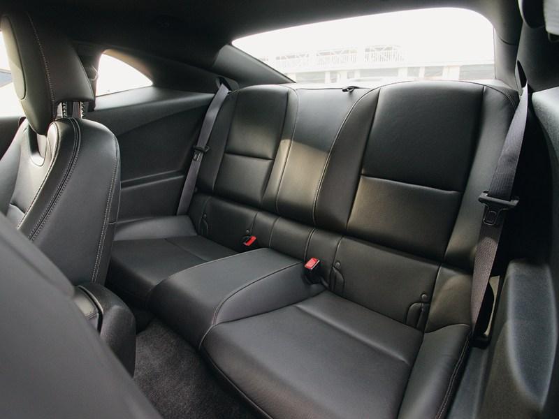 Chevrolet Camaro 2012 задний диван