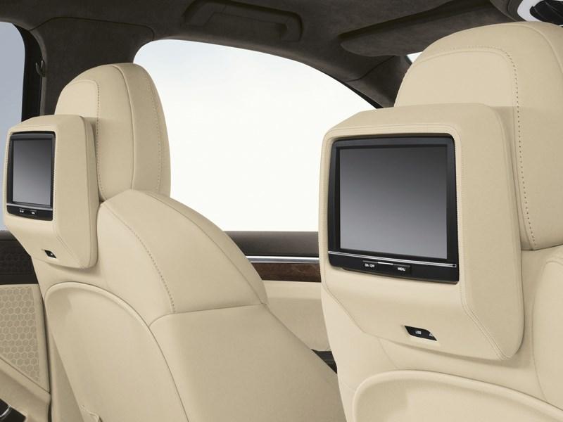 Porsche Cayenne S 2011 мониторы