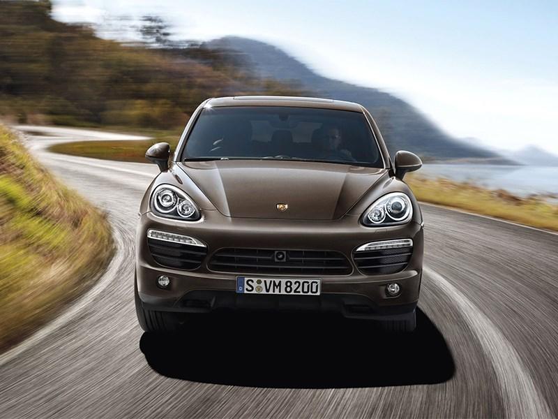 Porsche Cayenne S 2011 вид спереди