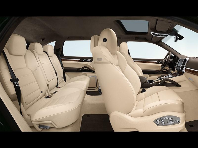 Porsche Cayenne Diesel 2011 салон