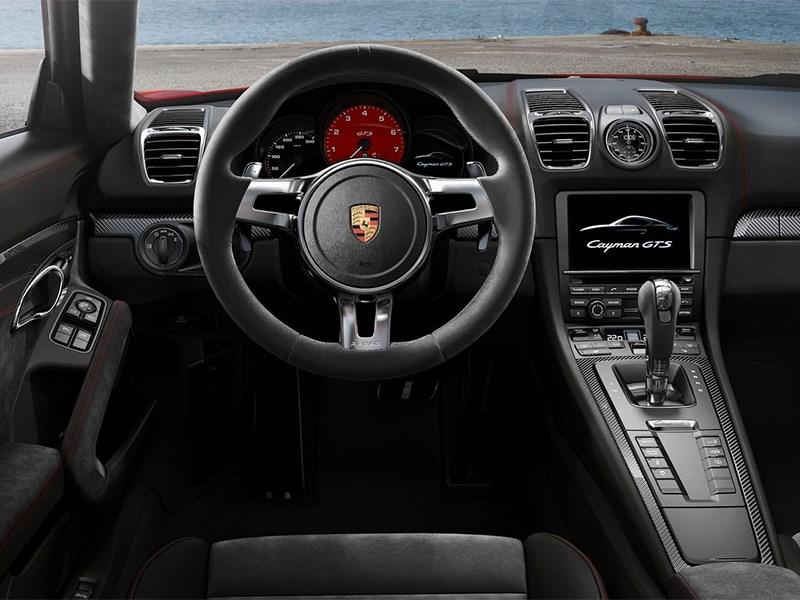 Porsche Cayman GTS 2014 водительское место