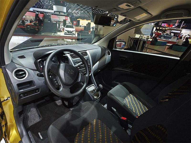 Suzuki Celerio 2014 салон фото 2