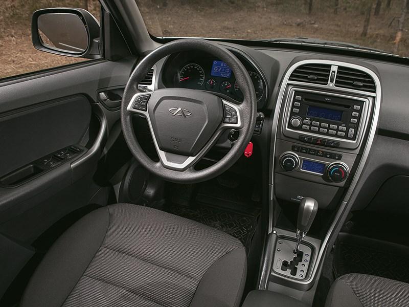 Chery Tiggo 2012 водительское место