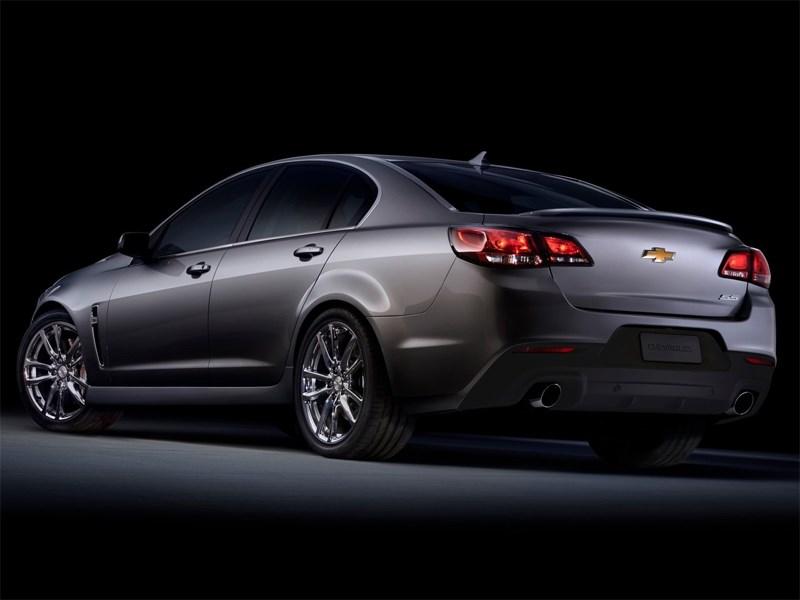 Chevrolet SS 2013 вид сзади