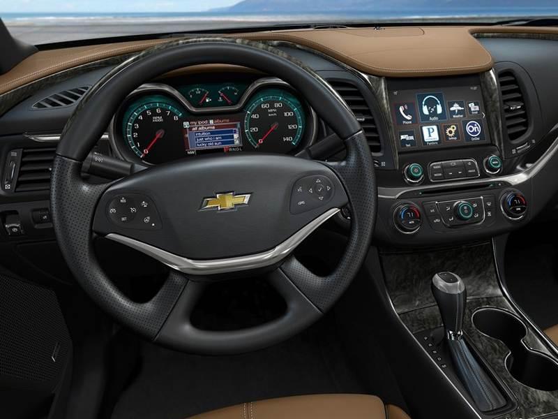 Chevrolet Impala 2013 водительское место