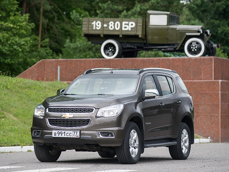 Chevrolet TrailBlazer - chevrolet trailblazer 2012 вид спереди