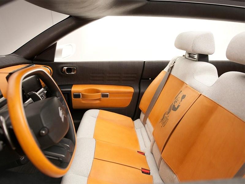Citroen Cactus concept 2013 передние кресла