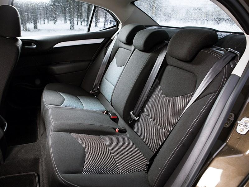 Citroen C4 sedan 2013 задний диван