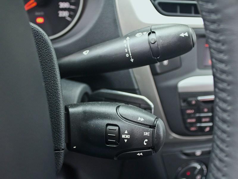 Citroen C-Elysee 2013 подрулевые переключатели