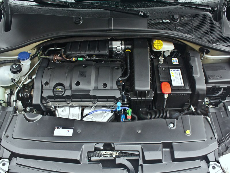 Citroen C-Elysee 2013 двигатель