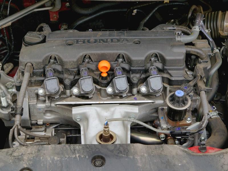 Honda Civic 2012 двигатель