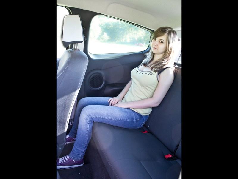 Renault Clio RS 2010 задний диван