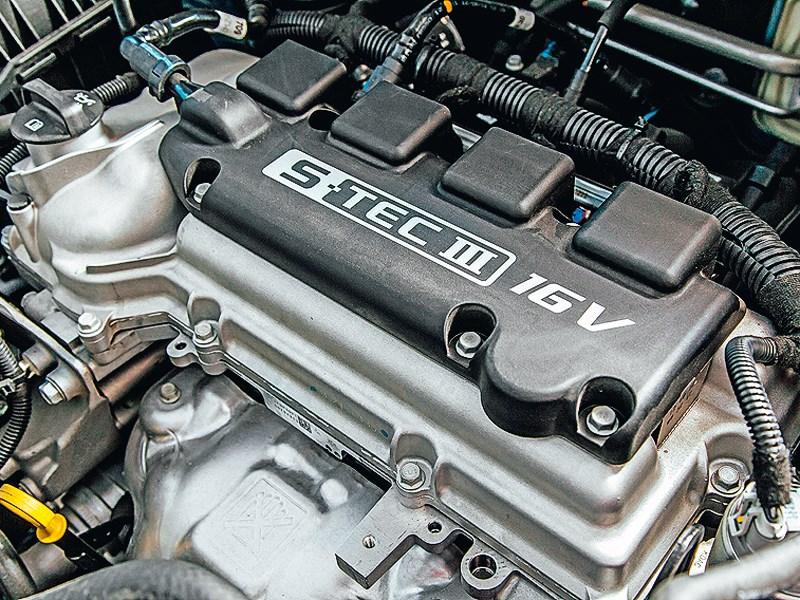Chevrolet Cobalt 2013 двигатель