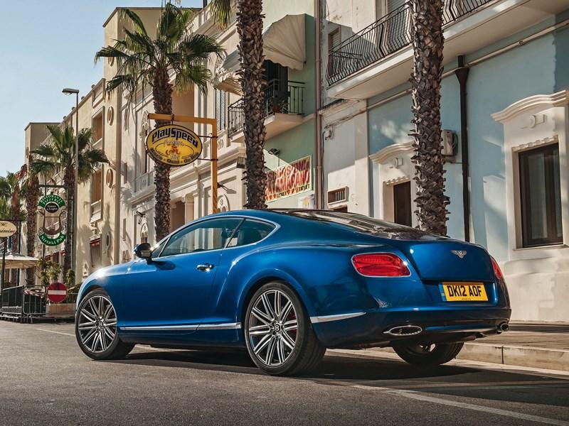 Bentley Continental GT Speed 2013 вид сзади