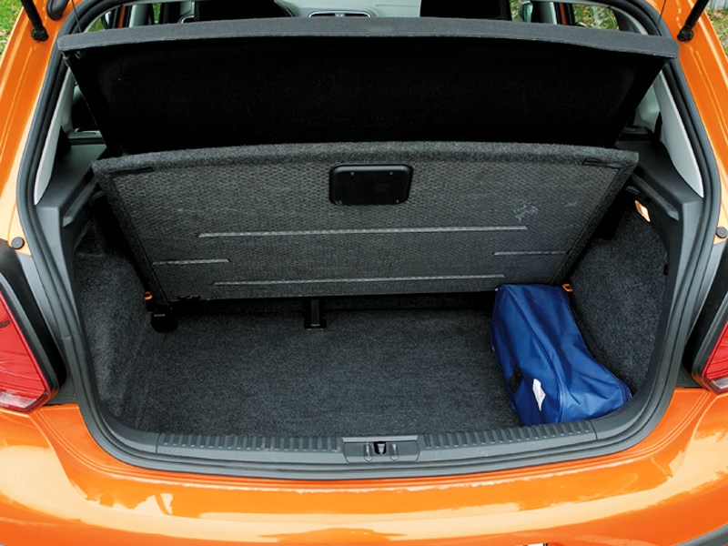 Volkswagen Cross Polo 2010 багажник