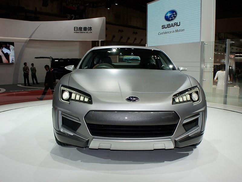 Subaru Cross Sport concept 2013 вид спереди