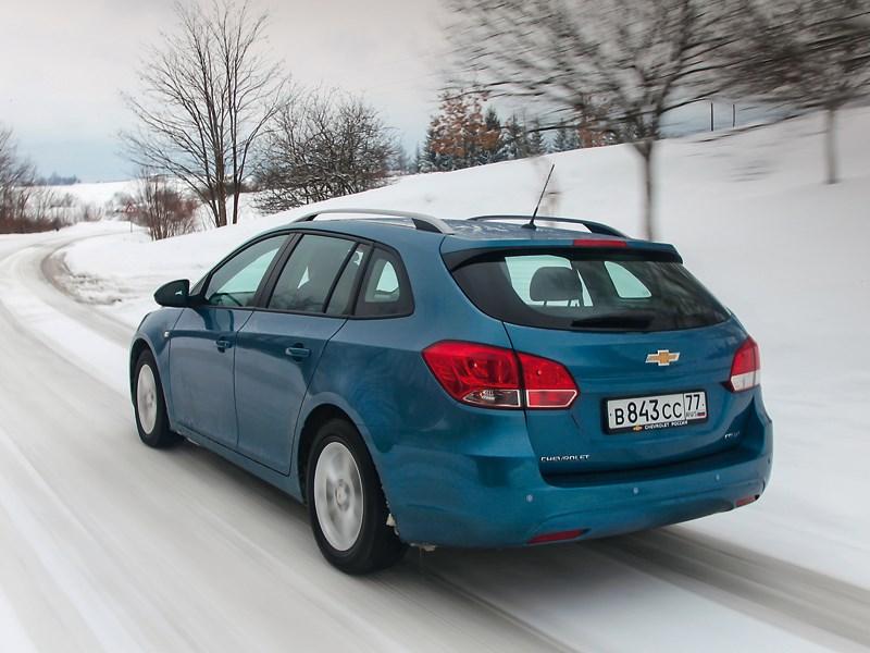 Chevrolet Cruze 2013 вид сзади