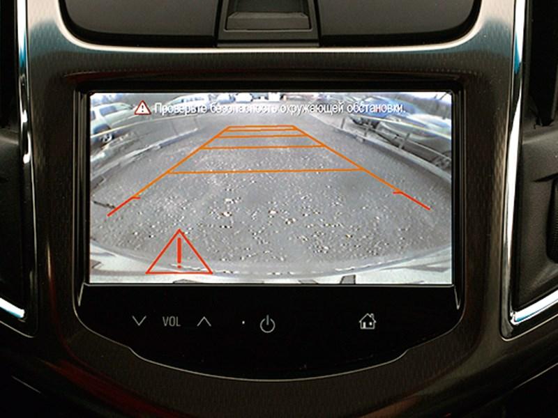 Chevrolet Cruze 2013 монитор