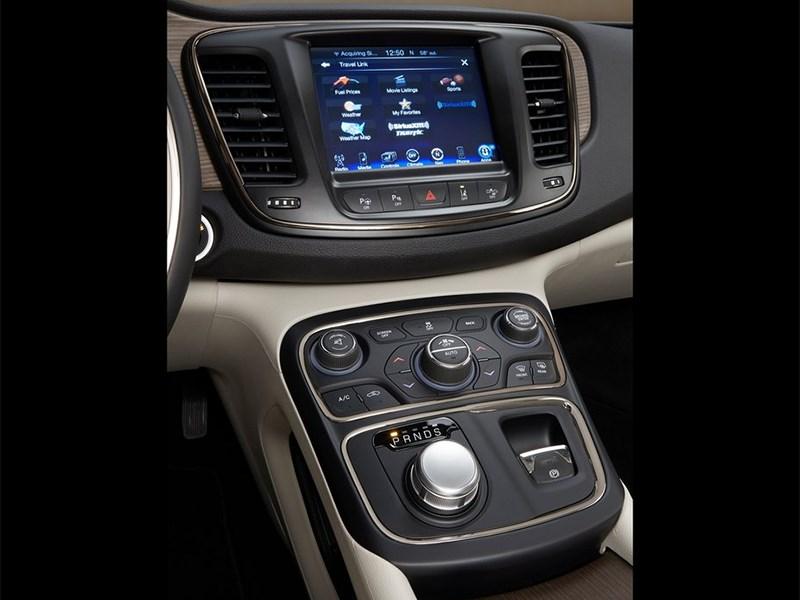 Chrysler 200 2014 центральная консоль