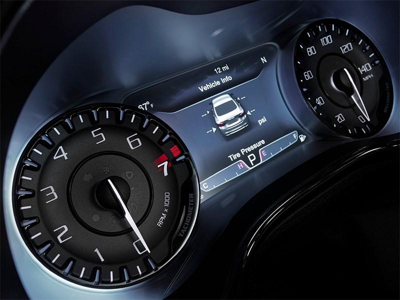 Chrysler 200 2014 приборная панель