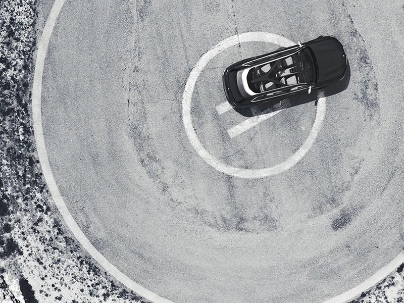 BMW назвала дату премьеры роскошного кроссовера X7