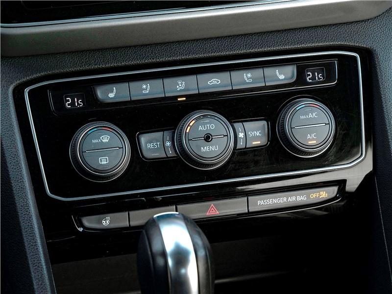 Volkswagen Teramont (2018) управление климатом