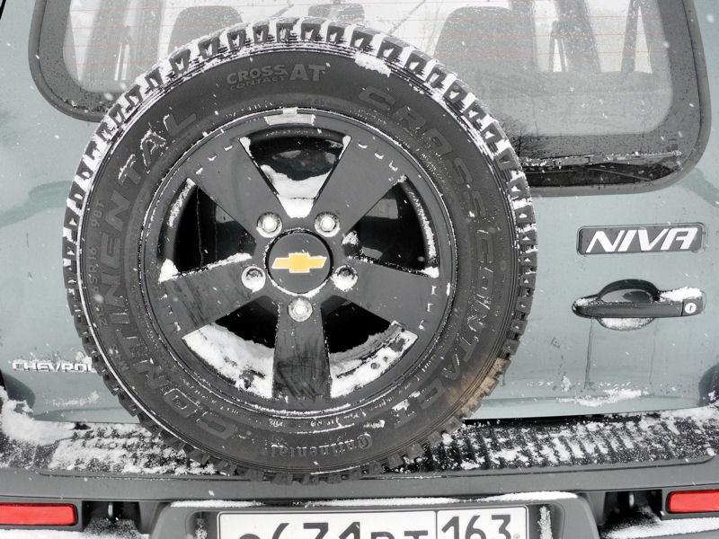Chevrolet NIVA 2009 запасное колесо