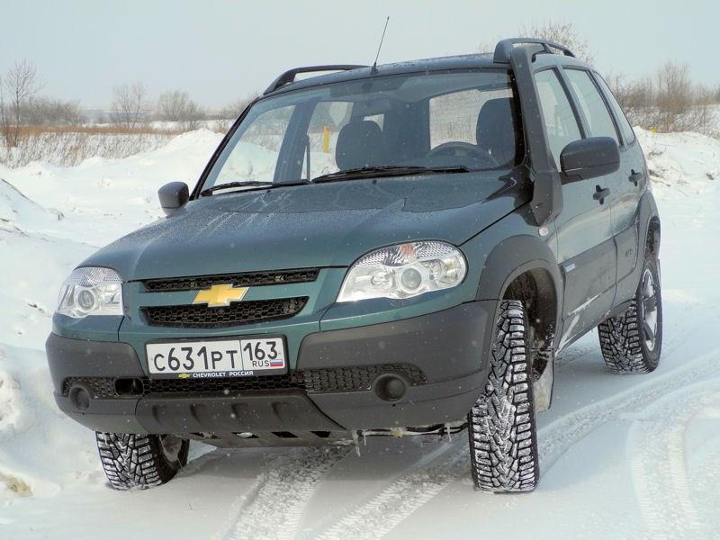 Chevrolet NIVA 2009 вид спереди слева фото 2