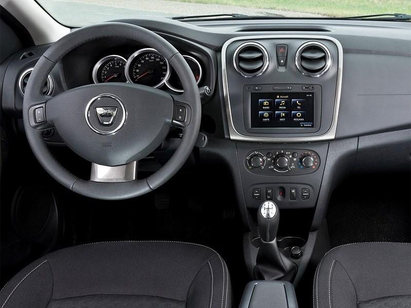 Dacia Logan 2013 водительское место
