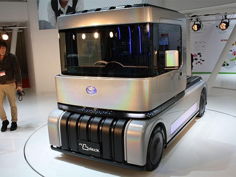 Daihatsu FC Deco Deck Concept 2013 вид спереди 3/4