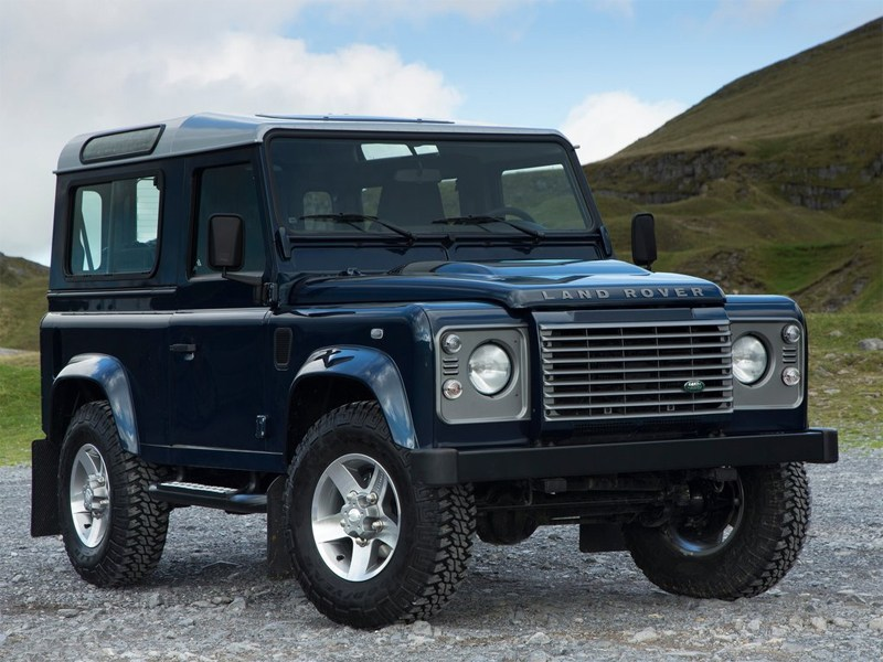 Land Rover представил переработанный Defender