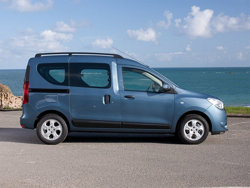 Dacia Dokker 2013 вид сбоку