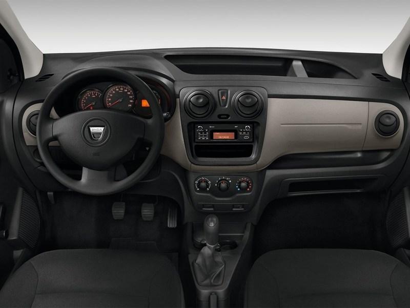 Dacia Dokker 2013 водительское место