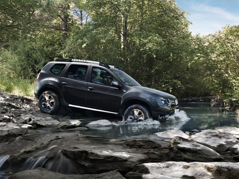 Dacia Duster 2014 вид сбоку