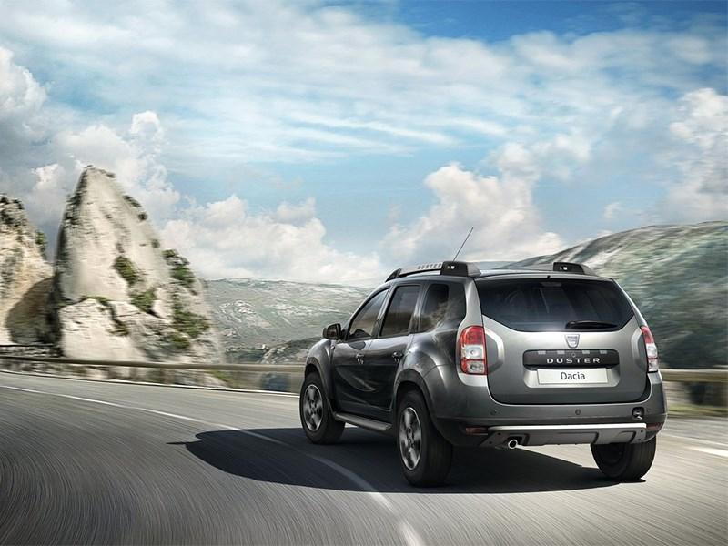 Dacia Duster 2014 вид сзади