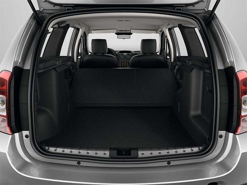 Dacia Duster 2014 багажное отделение