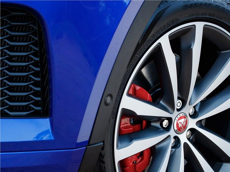 Jaguar E-Pace 2018 колесо