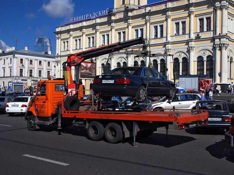 В Российской Федерации изменили правила расчета стоимости эвакуации авто