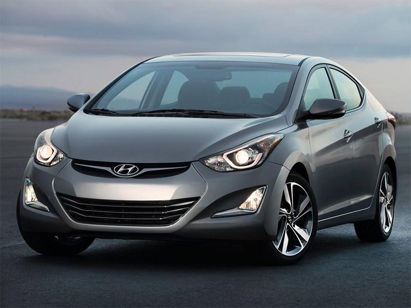 Hyundai Elantra sedan 2013 вид спереди