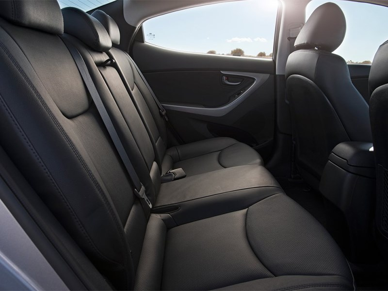 Hyundai Elantra sedan 2013 задний диван