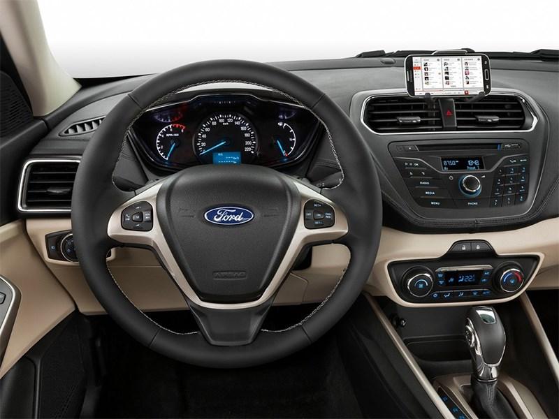 Ford Escort Concept 2014 водительское место