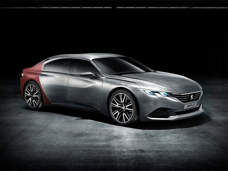 Peugeot Exalt concept 2014 вид спереди