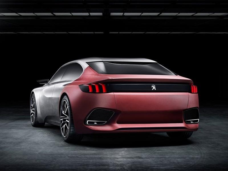 Peugeot Exalt concept 2014 вид сзади
