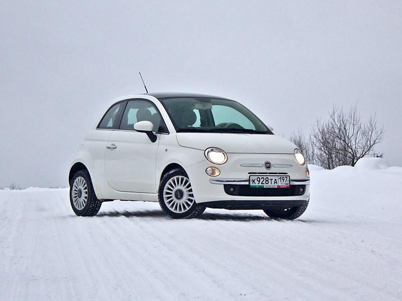 Fiat 500 2008 вид спереди