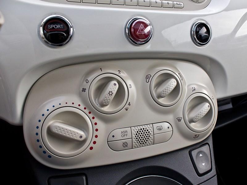Fiat 500 2008 центральная консоль